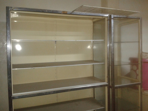 estantes vitrinas mostrador