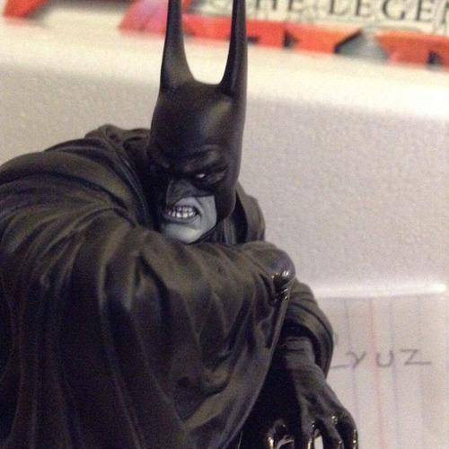 estatua batman black and white edicion lokitara super rara
