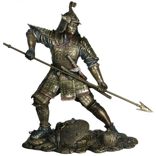 estatueta samurai decorativo com lança  24 cm ct 60138