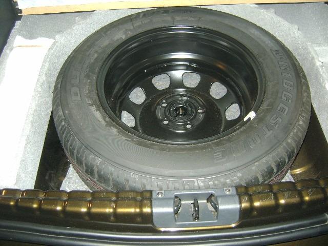estepe pneu renault duster pneu 215 65 16 novo com roda orig r 400 00 em mercado livre. Black Bedroom Furniture Sets. Home Design Ideas