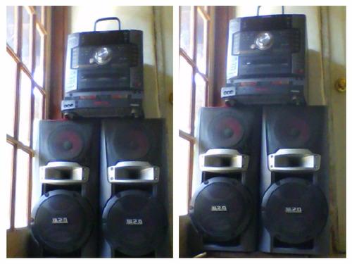 estereo  sony ,color negro ,de cinco cds