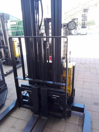 estibador 4000 lbs usado