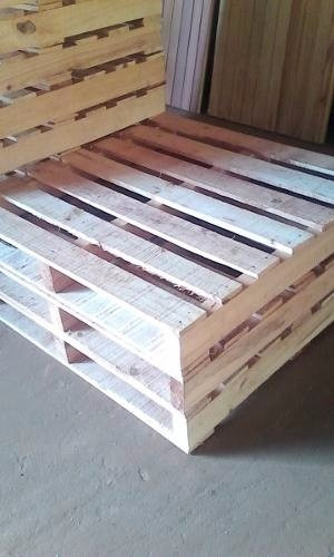 estibas o paletas de madera para uso industrial