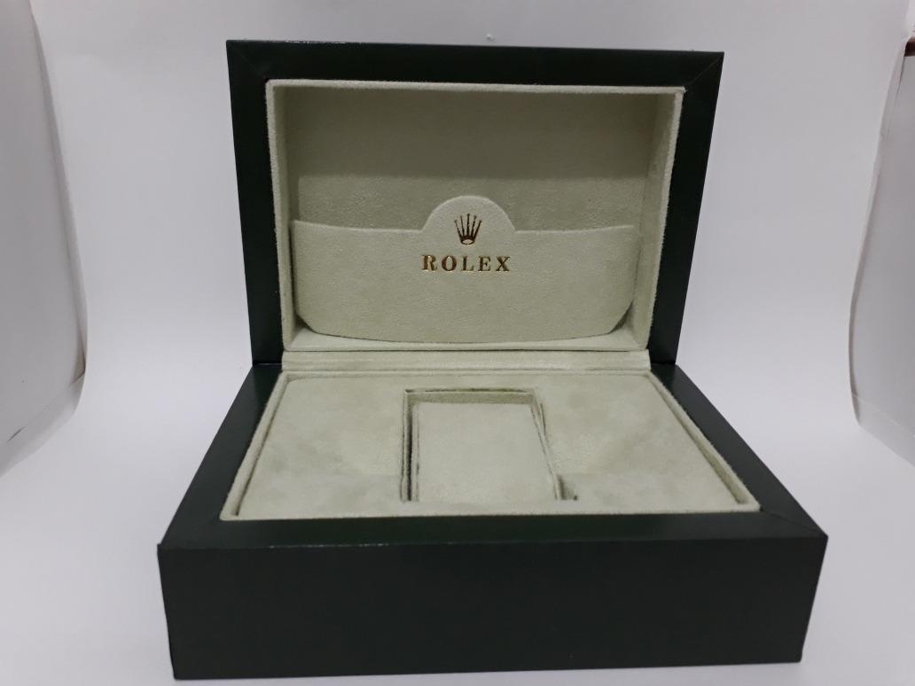 f4908ccaf77 estojo caixa relogios rolex universal com medalha - p.entre. Carregando  zoom.