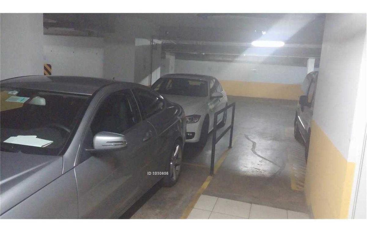estoril / lo fontecilla , 2 estacionamientos