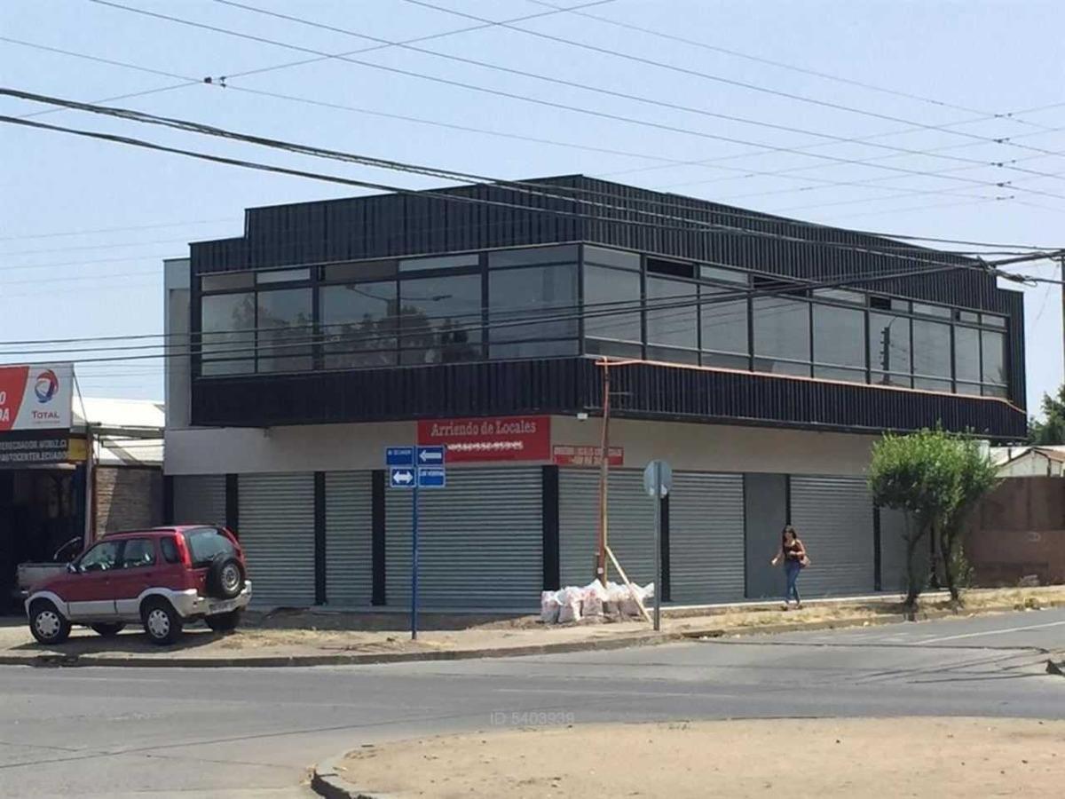 estratégica ubicación en avenida ecuador