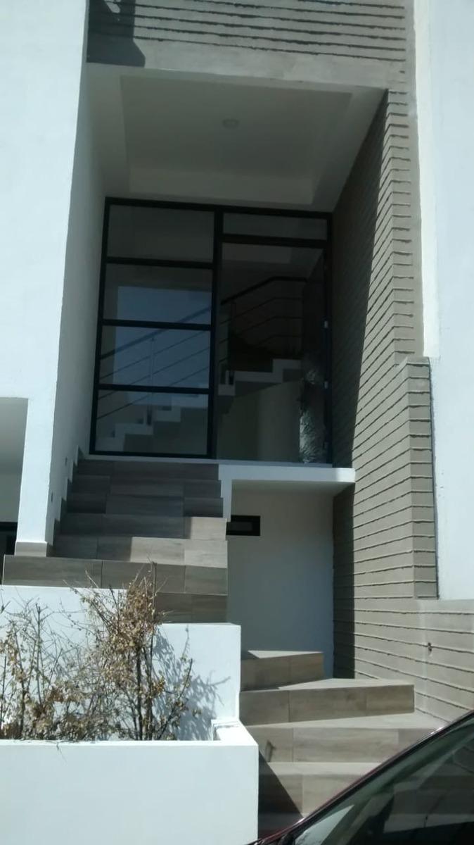 estrena casa en lago esmeralda $ 5,900,000.