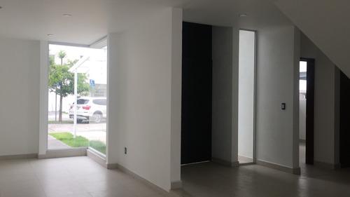 estrena casa moderna, minimalista, amplios espacios