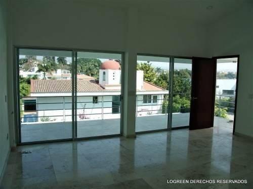 estrene casa con moderno diseño, finos acabados y mucha luz