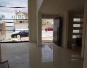 estrene hermosa residencia, en residencial lomas verdes 6ta