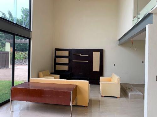 estrene linda residencia en conjunto en sumiya