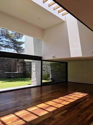 estrene preciosa  casa en pedregal con sistemas inteligentes