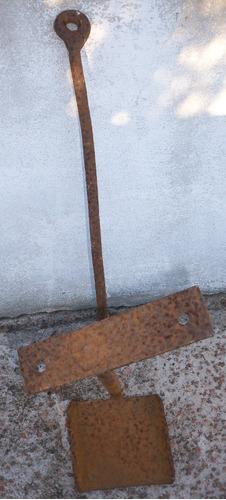 estribo - pescante - posapié de carro