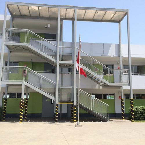 estructura. escalera metalica