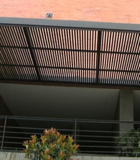 estructuras metálicas, cubiertas ampliaciones policarbonato
