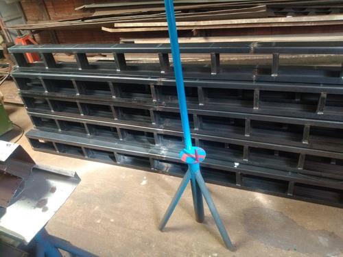 estrutura metalicas tesouras e pés direito