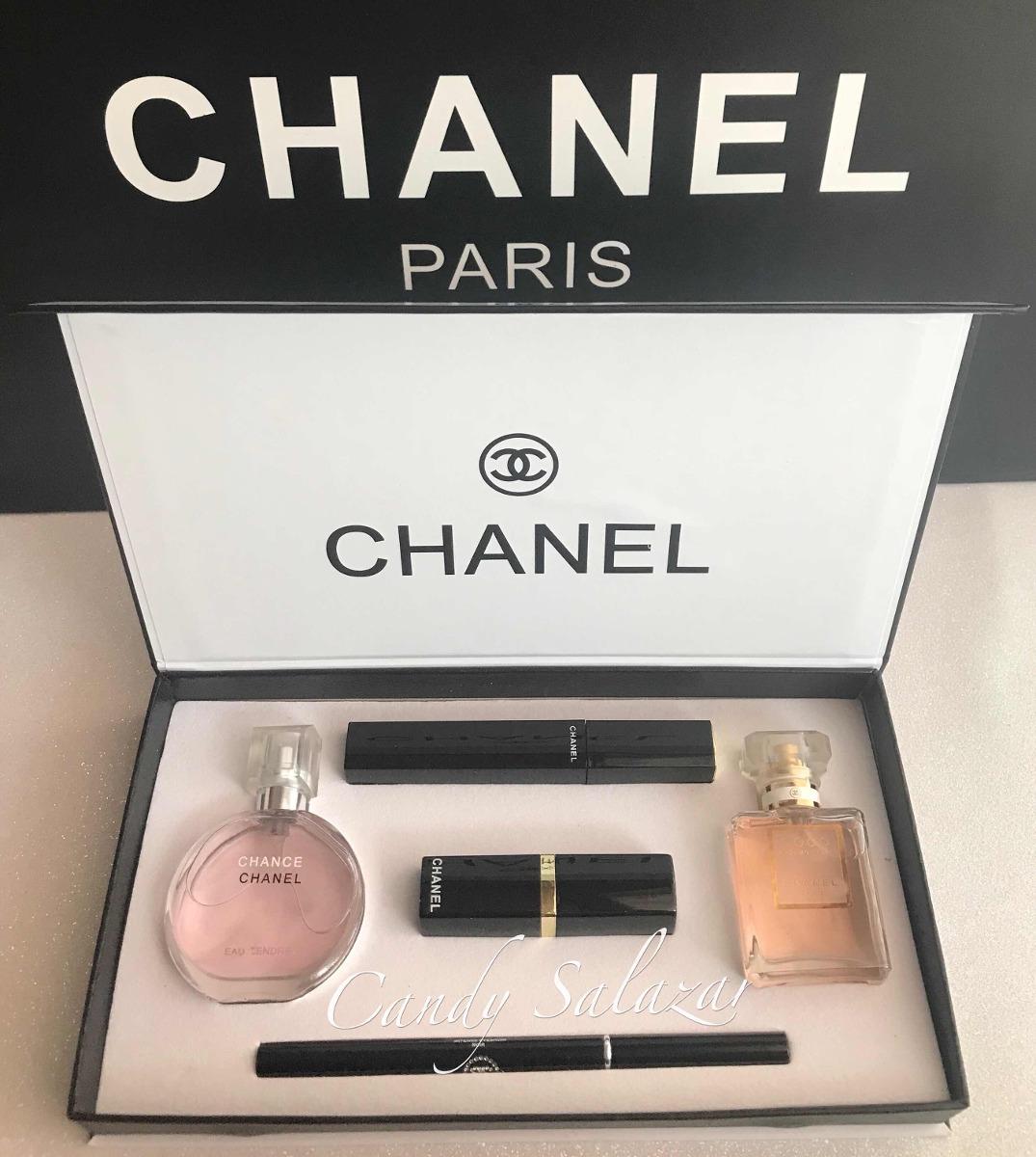 ea3a4c3c0 Estuche Chanel - $ 1,600.00 en Mercado Libre