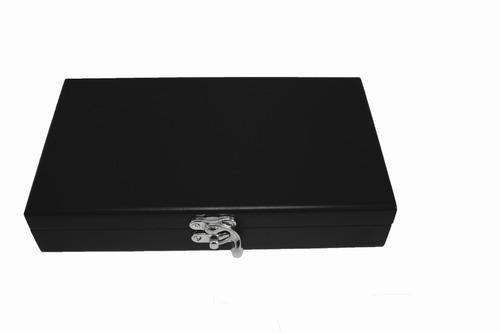 estuche de  accesorios para vino en caja de madera