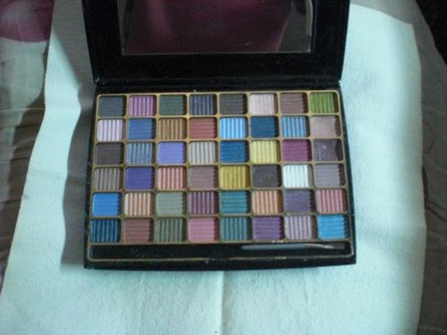estuche de sombras 48 colores, espejo grande bloomingdales