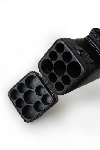 estuche de vinipiel negro 3x6  3 tacos d billar con 6 puntas