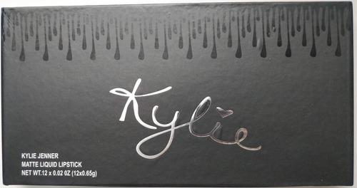 estuche kylie 12 labiales mate liquido negro 2 caja regalo