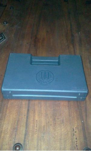 estuche o caja de pistola bereta 9 mm  oferta
