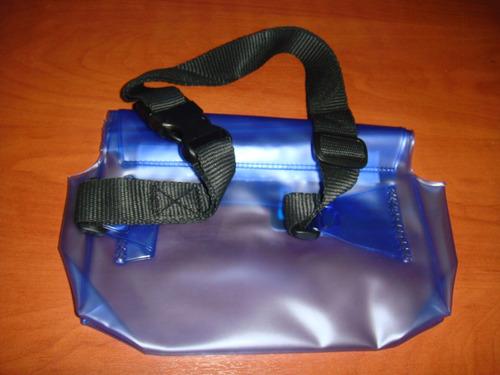 estuche protector de agua  22x14 cm tipo canguro