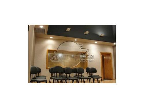 estúdio de alto-padrão na área mais valorizada da cidade.