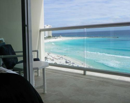 estudio en la mejor zona de cancun con super mega vistaaa