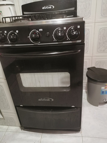 estufa, lavadora y nevera