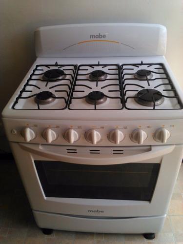 estufa mabe con 6 quemadores horno y encendido electrónico