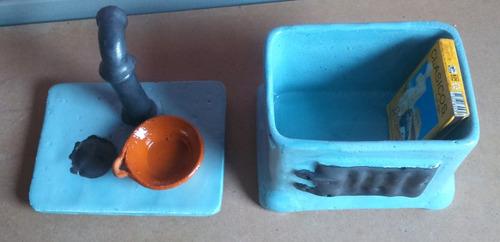 estufita artesanal de ceramica (cerillera)