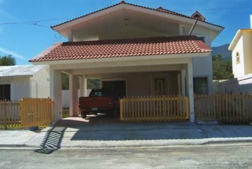 estupenda casa en pedregal de santiago, nl