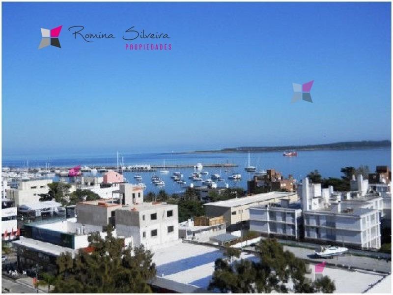 estupenda vista a la mansa y al puerto- ref: 6150