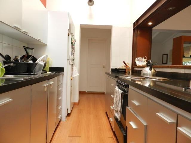 estupenda y amplia quinta dividida en dos  apartamentos!