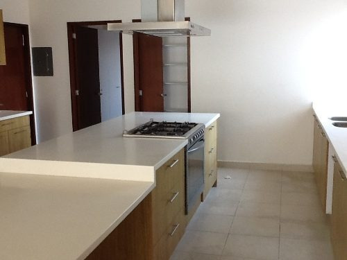 estupendo departamento en lomas country club