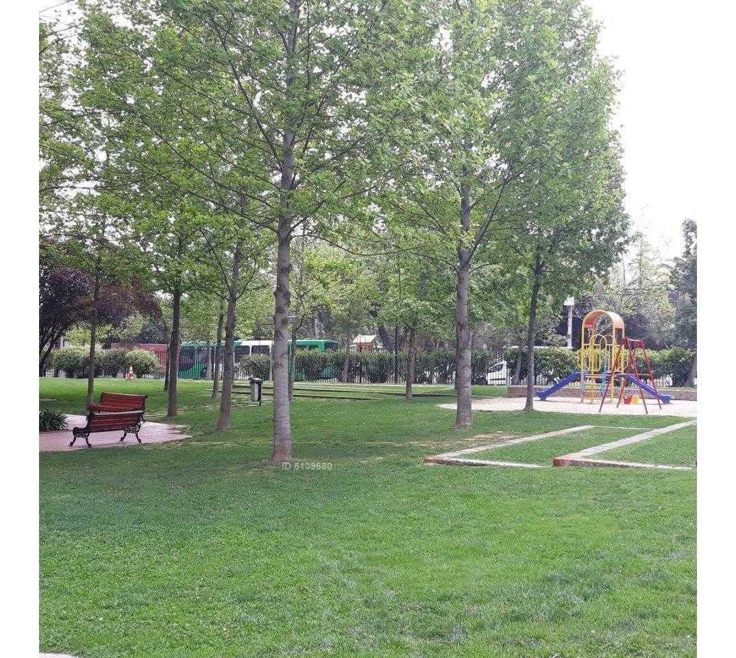 estupendo dpto condominio familiar, parque la portada, frente a colegio americna british.