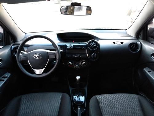 etios 1.5 x 2018 sedan automático - completo!