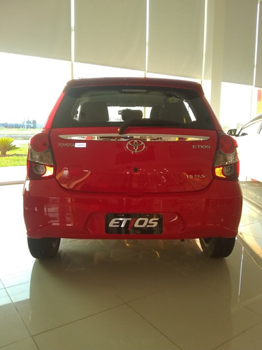 etios hatchback xls 6m/t