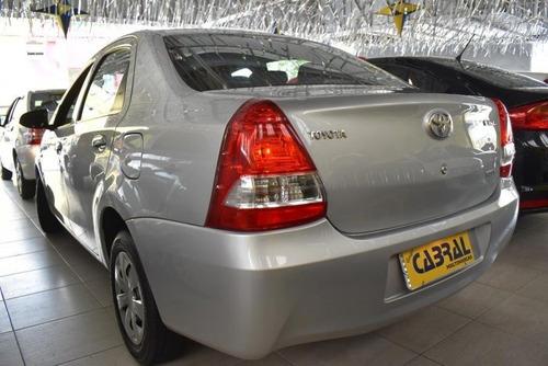 etios sedán 1.5 x sedan 16v flex 4p automático
