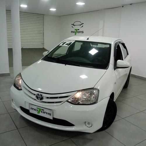 etios sedán 1.5 x sedan 16v flex 4p manual