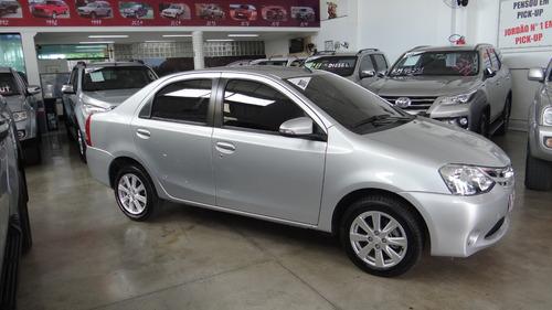etios sedan xls 1.5 flex automático