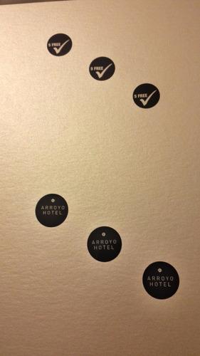 etiquetas autoahdesivas en rollo y reimpresion