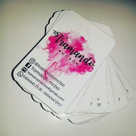 etiquetas de tela para ropa y etiquetas colgantes de carton