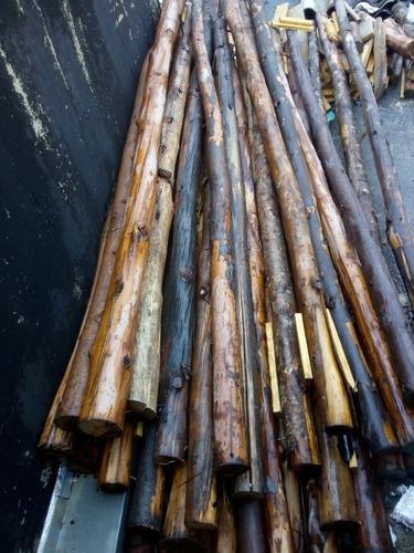 eucaliptos p escorar lajes 2.45 mts cada peça mais ou menos