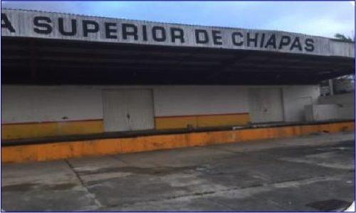 ex-agencia en venta ubicada en esquina sobre calle hidalgo en el centro de tonala, chiapas