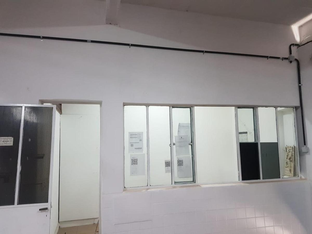 ex-garaje  hecho galpon  una boutique  pieza única