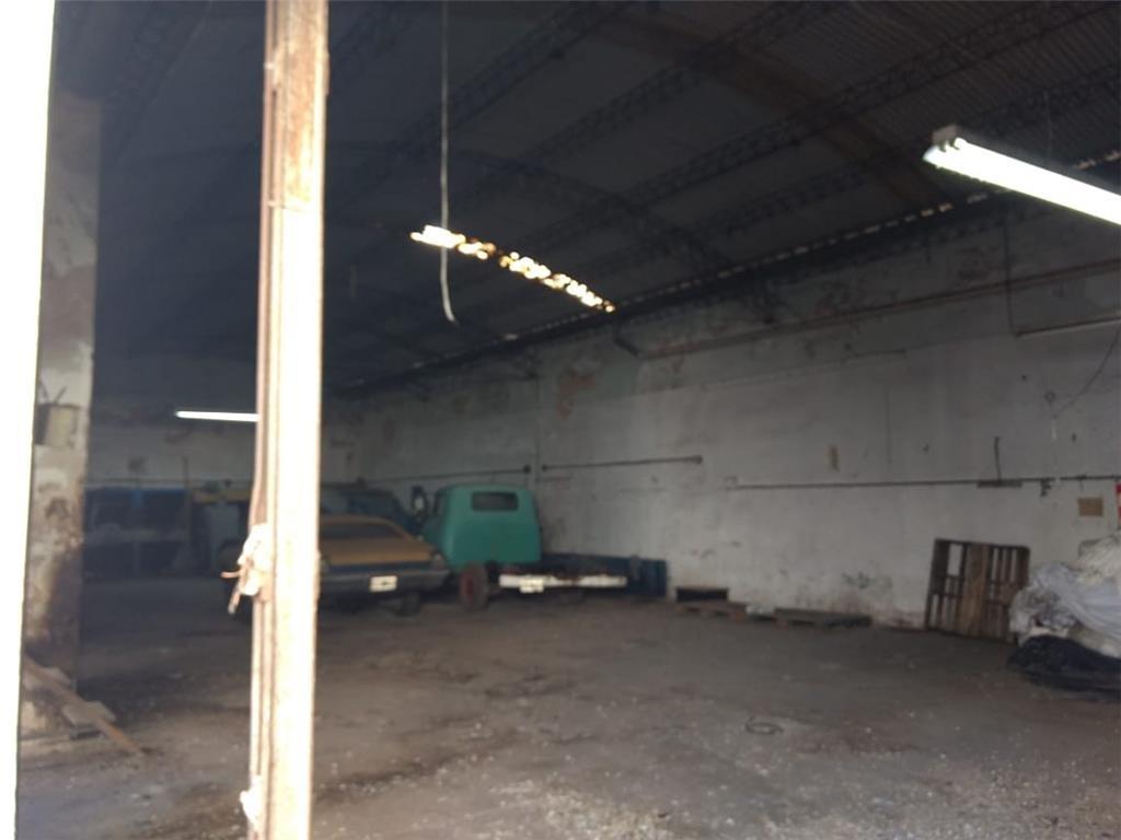 exc galpón industrial, 1.050m2.