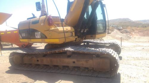 excavadora caterpillar 323dlme  2010 15.700hs
