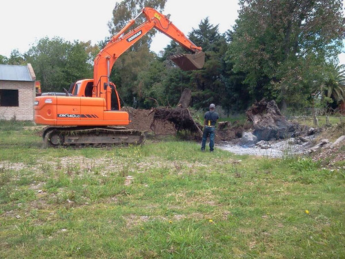 excavadora doosan 140 lcv  retroexcavadora